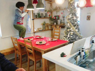 クリスマスホームパーティーの飾りつけも行います!(2019/11/15)